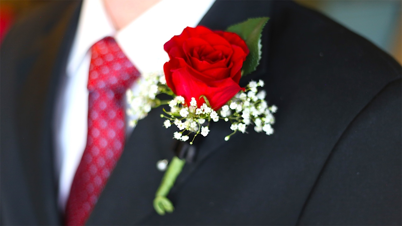 Top 10 Boutonnières Trends for 2021 by BespokeDaily Blog